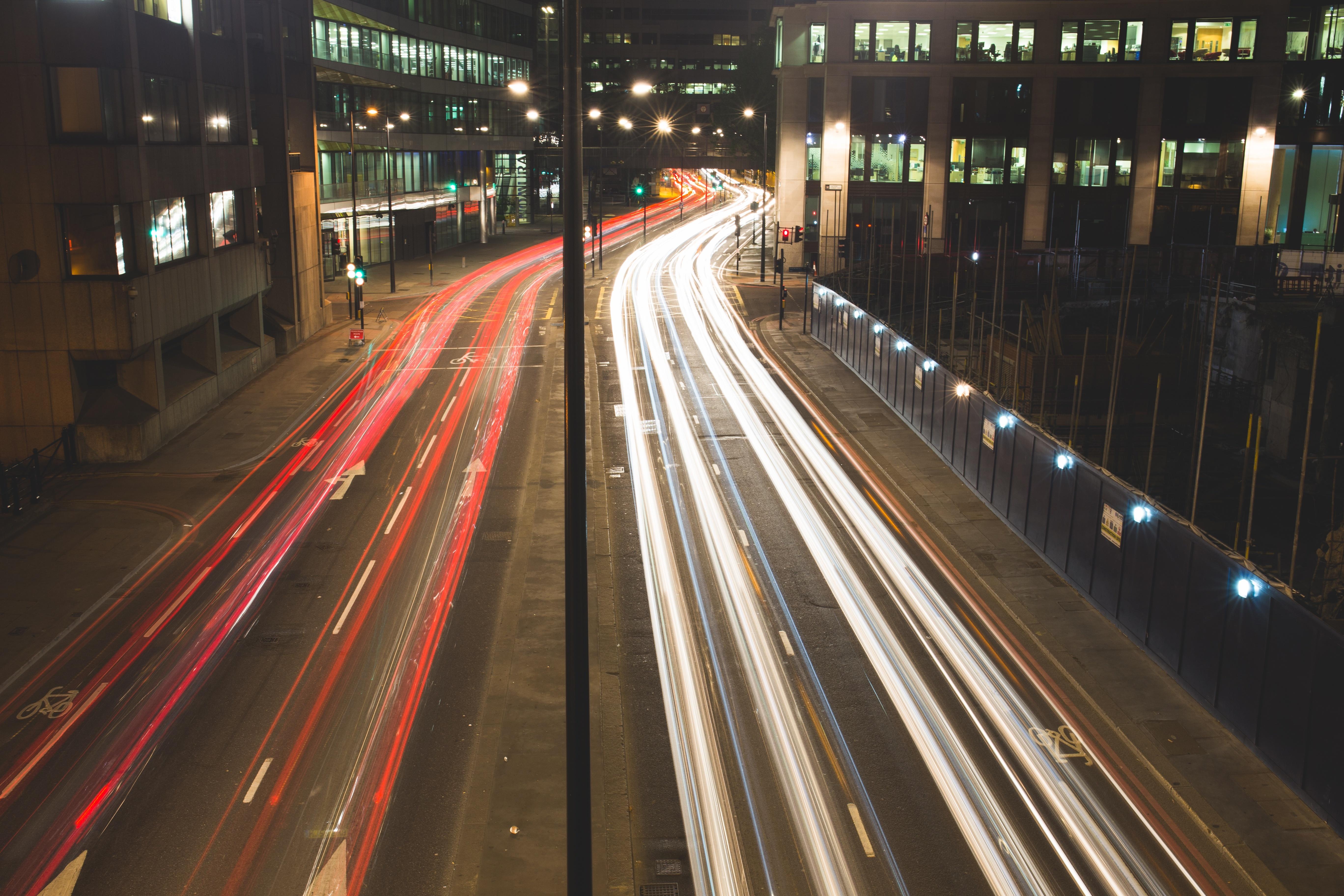 negative-space-city-traffic-night.jpg